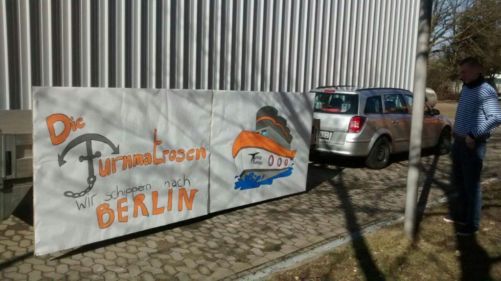 """Unser Wagen zum Motto: """"Die Turnmatrosen - Wir schippern nach Berlin"""""""
